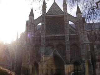 ロンドンのウェストミンスター寺院で東日本大震災の為のMemorial Serviceが行なわれます。