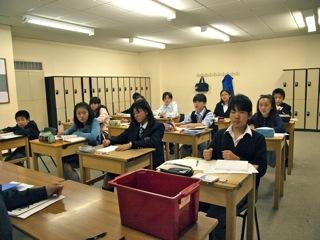 新入生を迎えこれからの英語力向上が楽しみな小6中1クラスからのご報告。