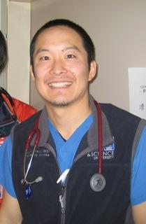 東日本大震災被災地での医療活動をレポート:アメリカで医師として活躍する卒業生からお便りが届きました。