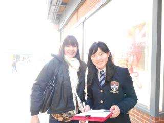 習った英語で街頭インタビュー!中学部1年生のHorshamレポート第1弾。(倉品先生グループ)