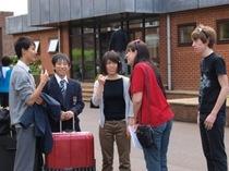 ハーフタームの始まり。沢山の生徒たちがイギリス人家庭にホームステイ!