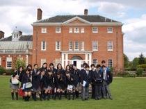 社会科英語科合同校外学習:中学部2年生、Hatchlands Parkのお屋敷訪問