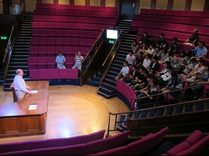 ケンブリッジ大学でのサイエンスワークショップに先立ってプレ・ワークショップが行われました。