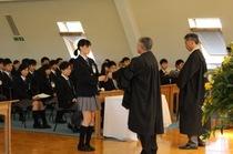 新たな一年のスタート。新学期入学始業礼拝の様子を写真でどうぞ