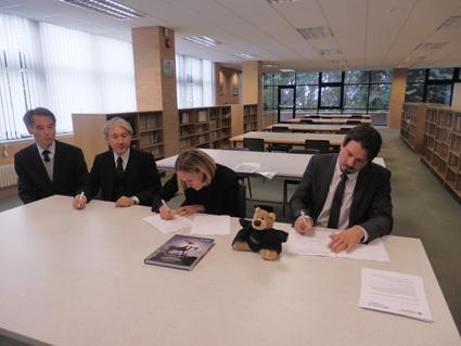 サリー大学と進学協定を締結しました。