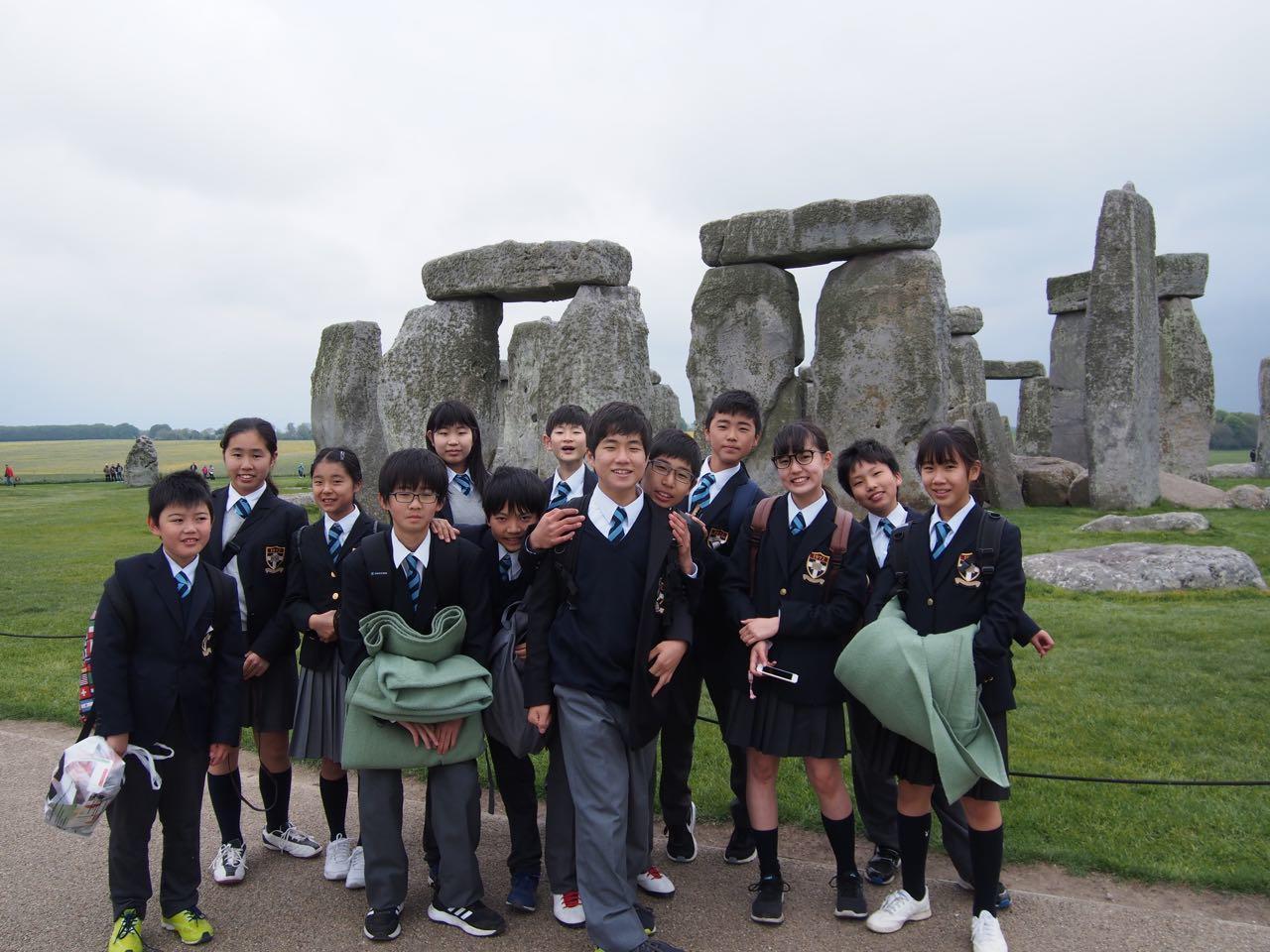 天気に恵まれた小学部・中学部アウティング:Stonehenge & Bath を巡った欲張りトリップ