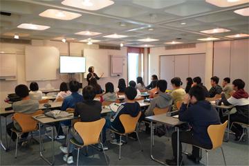 ケンブリッジ研修 生徒手記「英語を使う機会が圧倒的に増えました。」