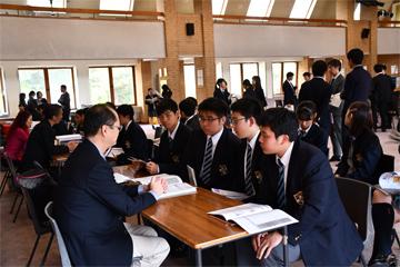 9月27日にCOLLYER'S COLLEGEを会場に行われた日本の大学紹介フェアの報告