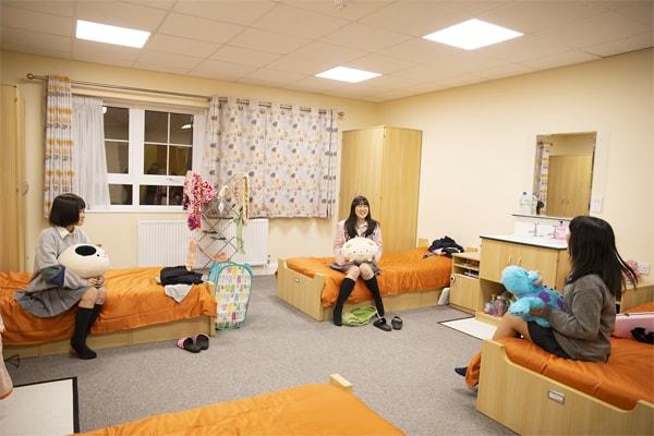 一人部屋のない寮生活